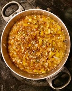 Preparar vichysoisse de puerro caramelizado
