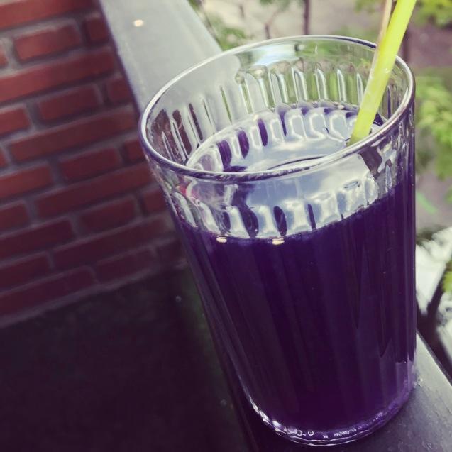 Receta de limonada de violetas paso a paso