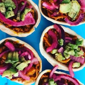 cochinita pibil vegana emplatada